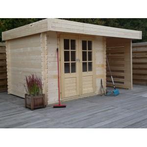 Abri de jardin en bois emboité + Bucher au look moderne